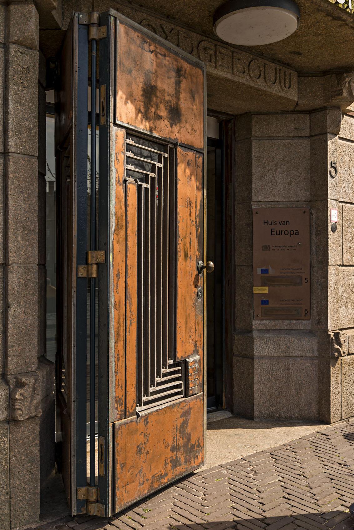 Huis van europa den haag braaksma roos architectenbureaubraaksma roos architectenbureau - Huis interieur deco ...